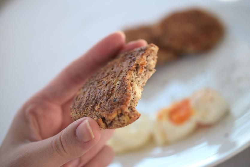 Ein mit Käse verfeinertes Low Carb Brot