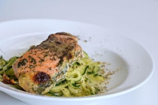 Low Carb Nudeln mit Sahne Lachs Sauce