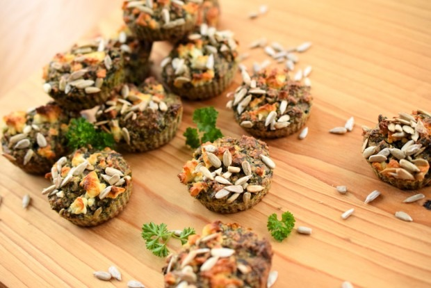 Vegetarische Low Carb Muffins mit Spinat und Nuessen | Low Carb To Go04