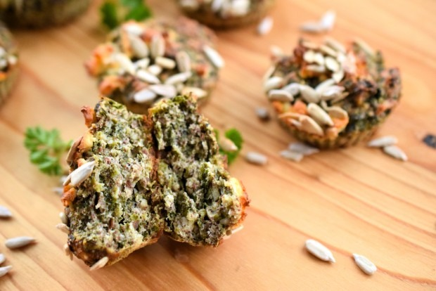 Vegetarische Low Carb Muffins mit Spinat und Nüssen | Low Carb To Go11