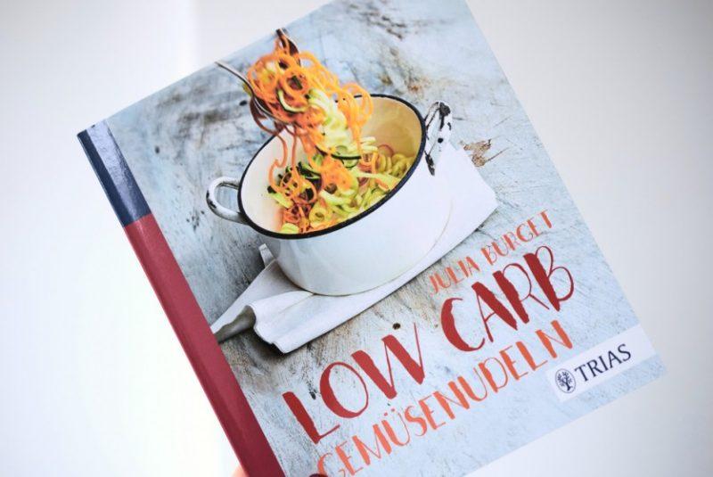 Low Carb Gemüsenudeln Lachfoodies Neuerscheinung Zucchini Nudeln Spiralschneider Julia Burget