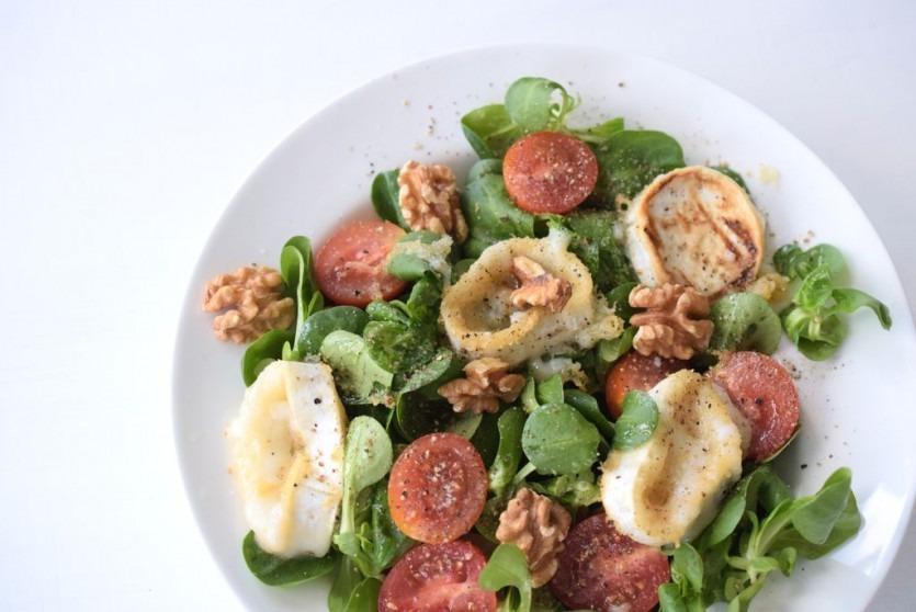 Low Carb Ziegenkäse-Salat