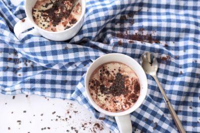 Heiße Low Carb Schokolade laktosefrei Rezept Kokosmilch