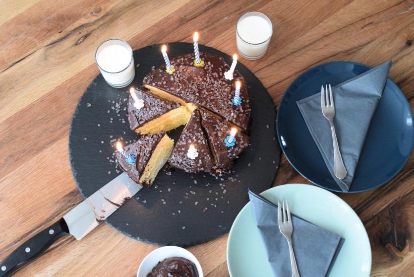 Low Carb Schokoladentorte mit Schokoladencreme