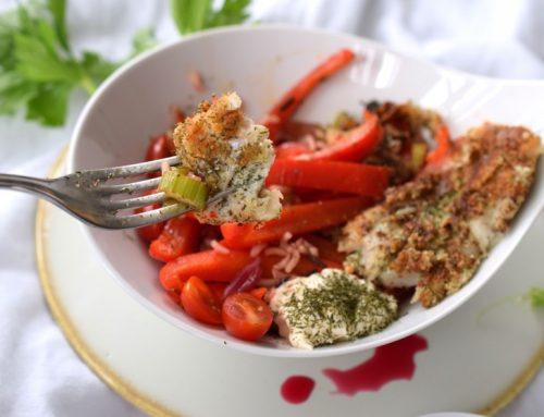 Fischfilet auf Sellerie-Paprika-Gemüse mit Granatapfeldressing